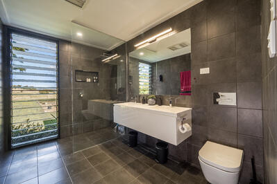 Bexhill - Bathroom1