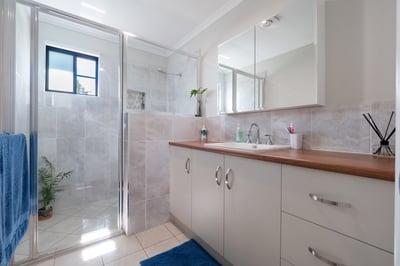 Tablelands - Bathroom