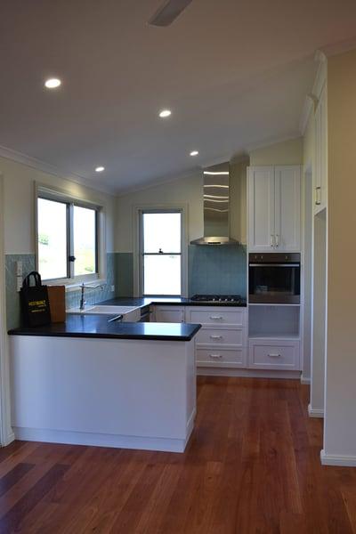 WHITE-kitchen-e1479949612223
